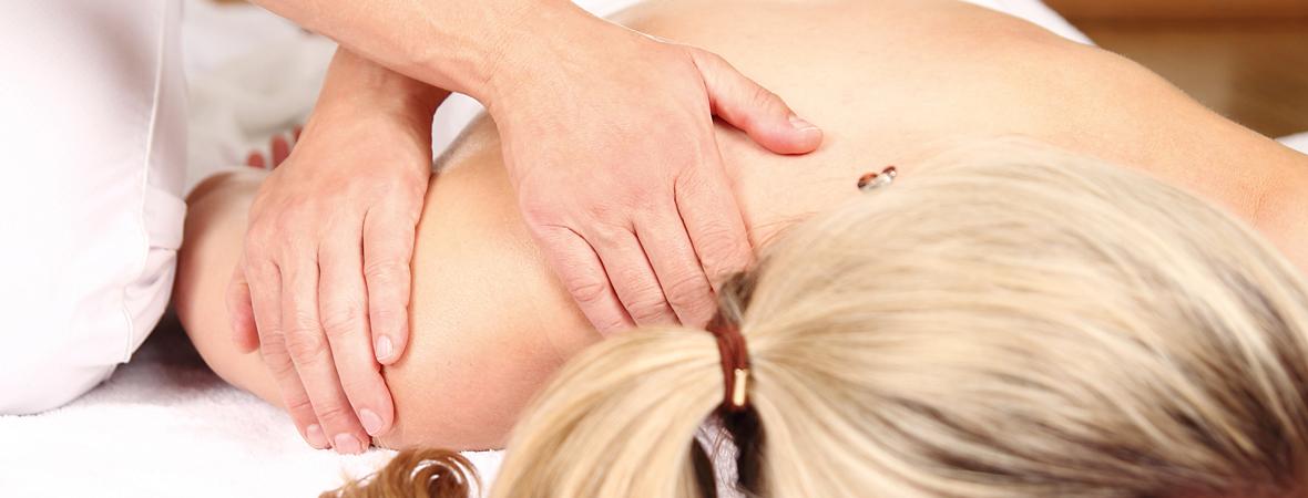 Osteopathie Behandlung Schulter